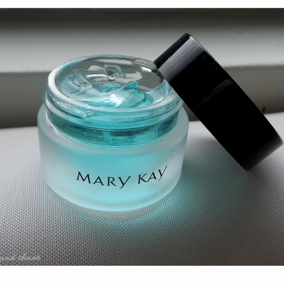 Mary Kay Other - Indulge Soothing Eye Gel